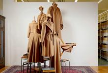 В пальто: 4 причины попасть на выставку Max Mara в Сеуле