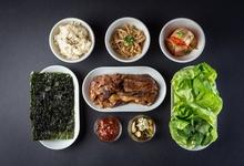 Стоит съесть: огуречную кашу в Uhvat, пульгоги в K-Town, рапана с грибами в «Карлсоне»