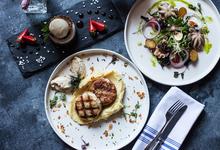 Стоит съесть: бургер с олениной, тартар из бычка с лисичками, пасту с креветками и кальмарами