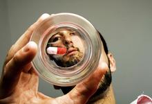 «Большой брат» в таблетке: США впервые одобрили препарат с сенсором внутри