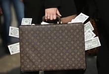 Охота за взяткой: как вычислить коррупционера в своей компании
