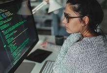 Гордость и предубеждения. Почему женщины редко становятся руководителями в IT