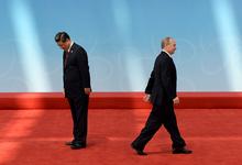 Вышли из тени. Как председатель КНР стал влиятельнее Путина