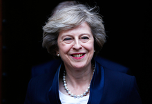 Премьер-министр Великобритании Тереза Мэй: «На каблуках я лучше думаю»