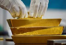 Нумизмат и обеспеченный человек. Улюкаев хранил в сейфе слитки золота, часы Patek Philippe и план продажи акций «Башнефти»