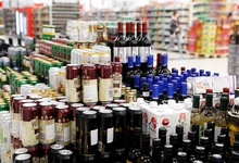 Хмель санкций. Минпромторг выступил за продажу пива по ночам