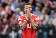 Лицо с обложки: почему футболист Федор Смолов стал любимцем рекламодателей