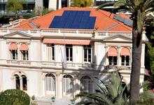 Зачем князь Монако Альбер II утепляет окна?