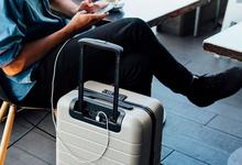 Будущее в чемодане. Аккаунт в Instagram сделал популярным бренд аксессуаров для путешествий