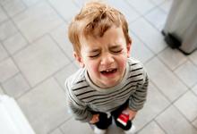 Послушный ребенок – несчастный ребенок? Что на самом деле означают детские капризы и истерики