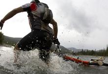Зачем миллиардерам кроссовки: спорт как главный допинг для бизнеса