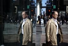 Почему взятка и нелюбимая работа — одно и то же