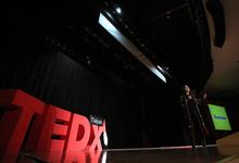 Студенты с ирокезами: почему популярные лекции все больше похожи на шоу