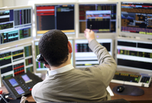 Инвестиции в кризис: как заработать во время паники на финансовых рынках