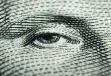 Зачем на самом деле нужна дедолларизация в России