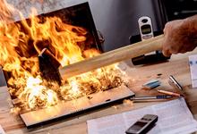 Немного огня: стоит ли бороться за уставших сотрудников