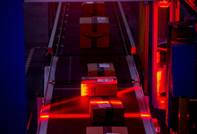 Выход на «конечников»: зачем «Алроса» и другие производители открывают интернет-магазины