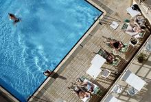 В гости к миллиардерам: как богатейшие люди мира зарабатывают на туристах