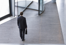 Поворотный пункт. Как преодолеть личный кризис в карьере