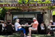 Любители поесть. Что нужно знать о семейном обеде во Франции
