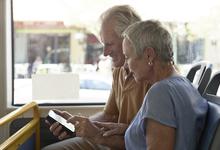 Старик и банк: зачем Сбербанку блогеры старше 55 лет