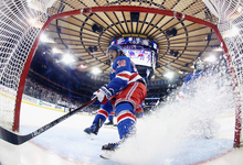 Между ними тает лед: как зарабатывают клубы НХЛ
