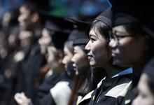 «Морские черепахи»: как Китай возвращает на родину выпускников иностранных университетов