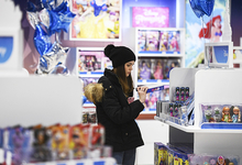 Новогодний кошелек: детские игрушки дорожают втрое быстрее инфляции