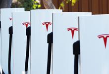 Tesla подала иск на $167 млн против бывшего сотрудника