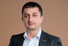 Генеральный директор «Детского мира» Владимир Чирахов — герой нового фильма Forbes