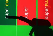 Сечин обвинил в росте цен на бензин коррупцию и независимые АЗС