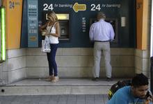 Остров невезения. Кипр закрывает свои банки для офшорных компаний