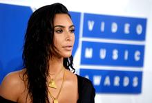 Эпоха селфи. Ким Кардашьян-Уэст увеличила свое состояние в Instagram