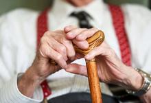 Деньги на старость. Депутаты предложили увеличить пенсии в среднем на 6200 рублей