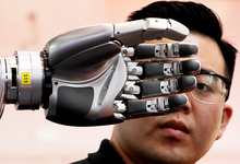Технологические тренды 2018 года: роботы вместо людей