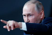 Путин пообещал простить должников и не повышать налоги до конца 2018 года