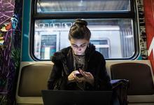 Россия вошла в пятерку лидеров по числу загрузок приложений для смартфонов