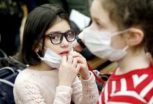 Грипп по расписанию. Кто зарабатывает на частых болезнях россиян
