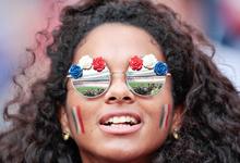 Праздник продолжается: Россия продлит безвизовый въезд для футбольных фанатов
