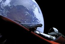 Tesla в космосе: самые успешные рекламные кампании в истории автопрома