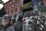 Сотрудники МВД Украины у здания прокуратуры Донецкой области, Донецк, 2 мая