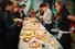 Попробовать яблочные пироги на Осеннем фестивале шарлотки