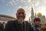 Соборная мечеть после реконструкции способна вмещать 10 000 человек, но совершить намаз к ней сегодня приехали гораздо больше верующих
