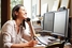 Установите доверительные отношения с начальником, делитесь личными историями в офисе