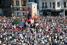 Демонстранты заполнили площадь Таксим после столкновений с полицией 1 июня