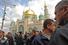 Мусульмане у Московской соборной мечети