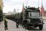 Болотная площадь оказалась в плотном кольце грузовиков внутренних войск