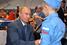 Владимир Путин во время посещения павильона фестиваля «От винта» на Международном авиационно-космическом салоне  МАКС-2015 в Жуковском.  25 августа 2015 года.