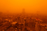 На фото: сентябрь 2015 года. Песчаная буря в Хомсе (Сирия).
