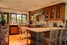 Кухня гостевого дома